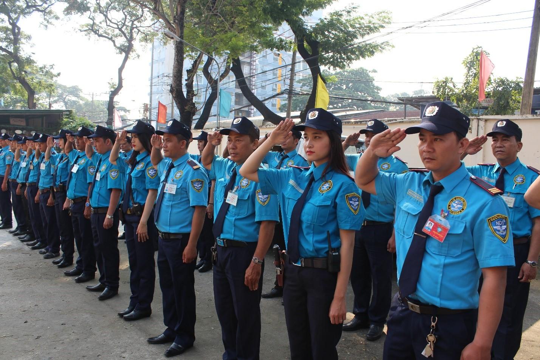 Bảo vệ chuyên nghiệp tại Công ty TNHH Dịch vụ Bảo vệ Ngày và Đêm